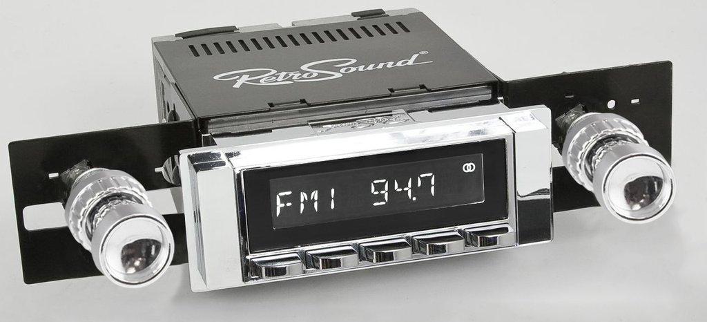 1964-66 Chevy & GMC Truck Radio